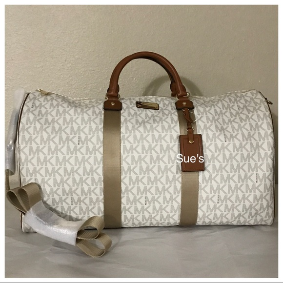 0e84a7039f2559 Michael Kors Bags | Nwt Mk Jet Set Xl Travel Duffle Bag Vanilla ...